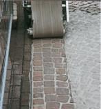Czyszczenie dużych powierzchni przy pomocy maszyny zmywającej